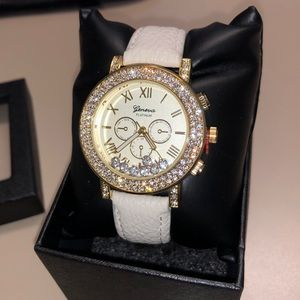Accessories - White Floating Crystal Watch